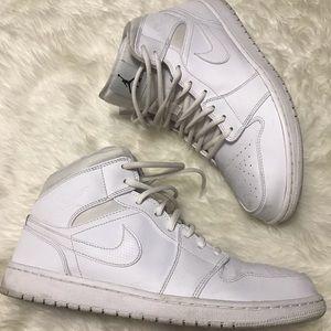 White Air Jordan Retro 1